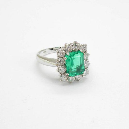 il-marchese-diamonds-diamanti-gioielli-artigianali-anello-smeraldo-oro-bianco-1