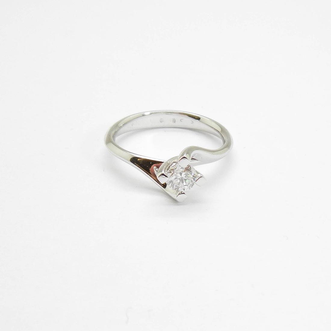 il-marchese-diamonds-diamanti-gioielli-artigianali-anello-solitario-fidanzamento-oro-bianco-1