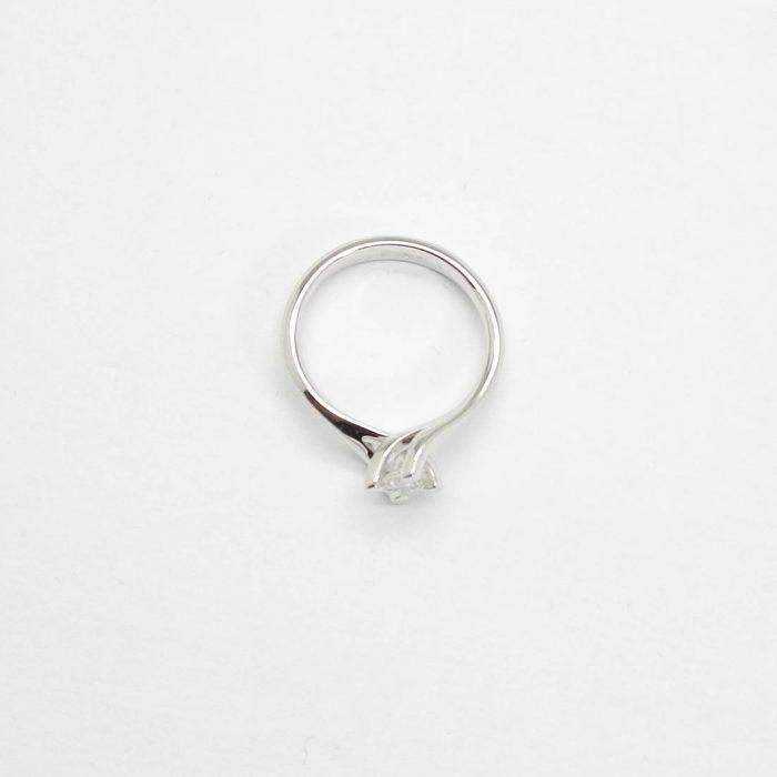 il-marchese-diamonds-diamanti-gioielli-artigianali-anello-solitario-fidanzamento-oro-bianco-2