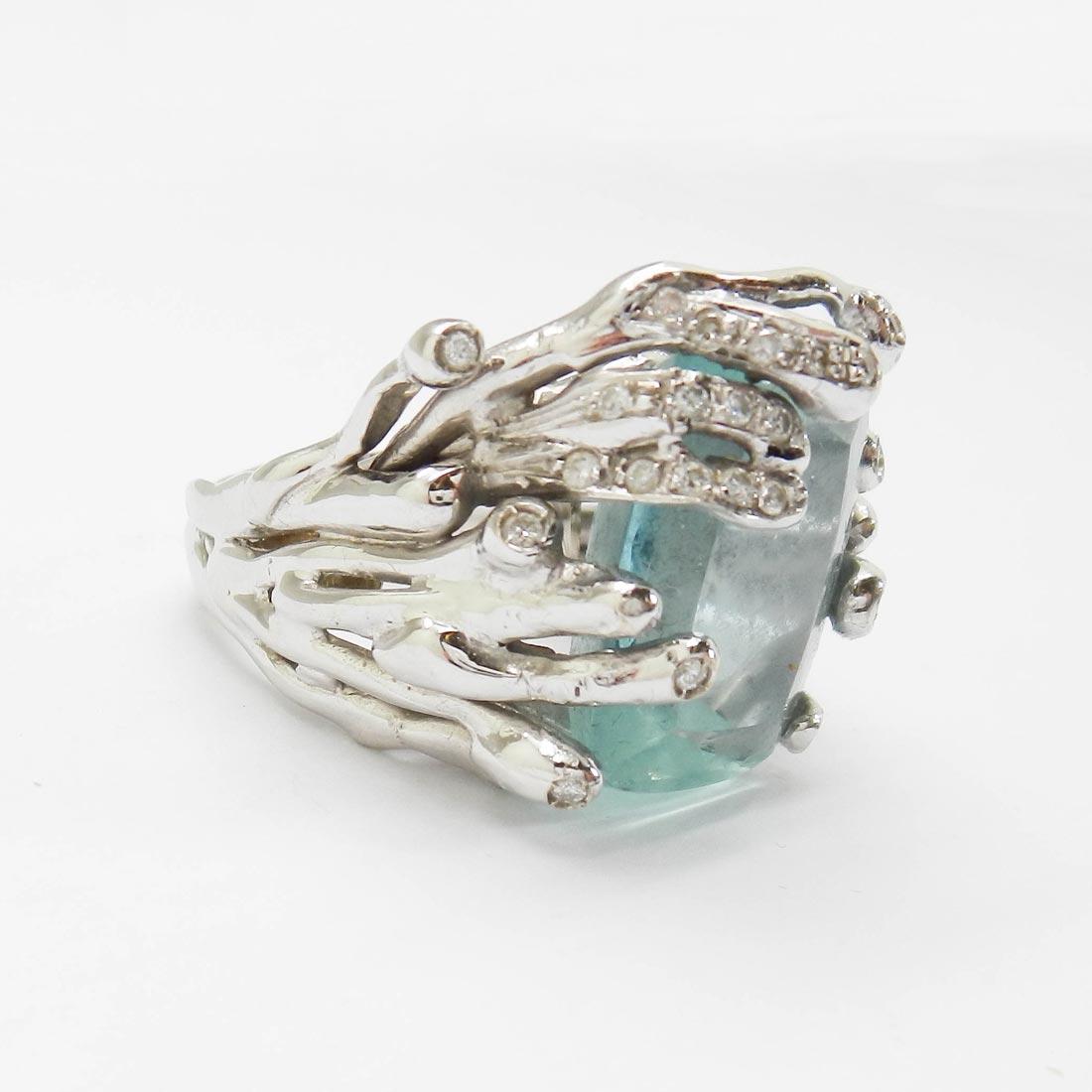 il-marchese-diamonds-diamanti-gioielli-artigianali-anello-acquamarina-oro-bianco-3