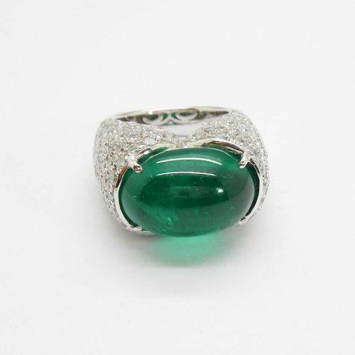 il-marchese-diamonds-diamanti-gioielli-artigianali-anello-smeraldo-cabochon-oro-bianco-1