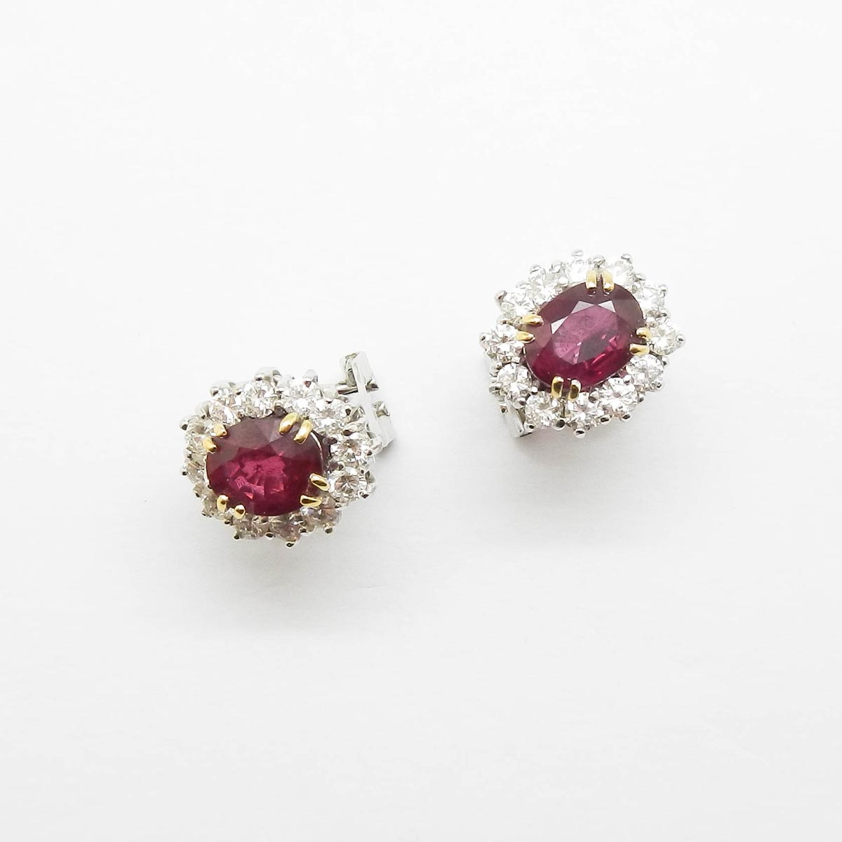 il-marchese-diamonds-diamanti-gioielli-artigianali-orecchini-rubino-oro-bianco-4