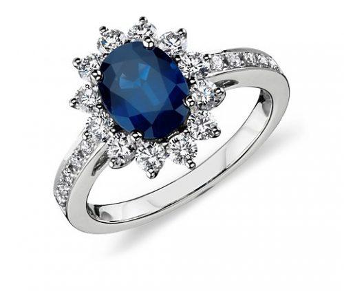 anello di fidanzamento oro bianco diamanti e zaffiro blu modello lady d - kate middleton